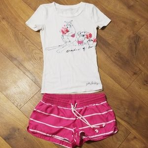 Gilly hicks tee and areopostale shorts